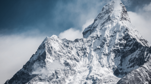 4Industry Everest Release - Mountain peak with snow